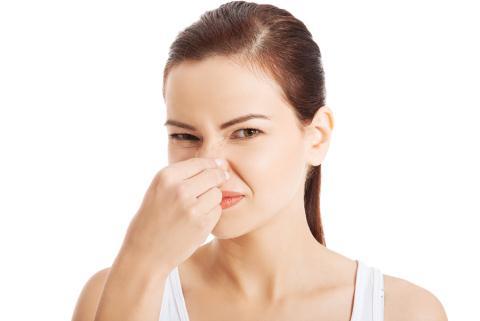 khí hư có mùi hôi là hiện tượng của bệnh gì